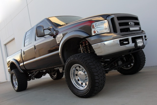Motorz 2006 Ford F-250 Featured SEMA Project Vehicle