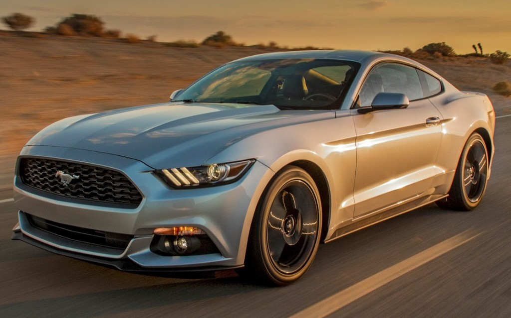 2015-ford-mustang-ecoboost-with-sun-reflection
