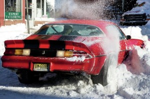 Camaro-stuck-in-snow