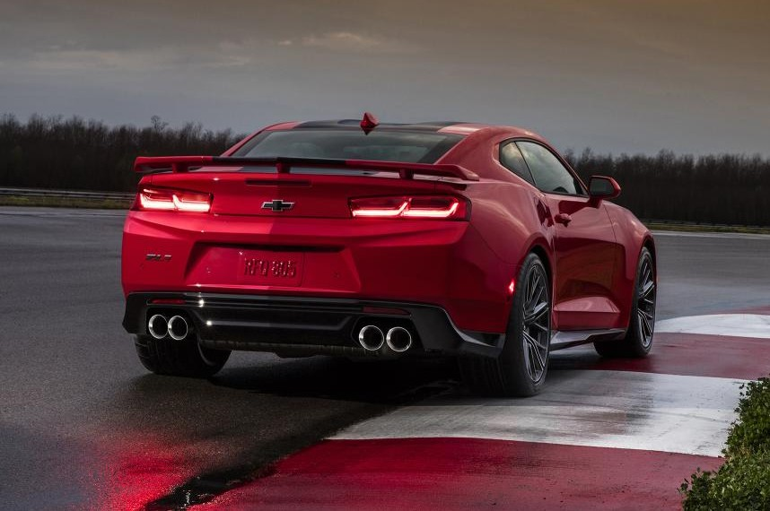 Camaro Zl1 Vs Corvette Stingray Autos Post