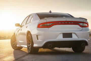 Dodge-Charger_SRT_Hellcat-2015-1600-2a