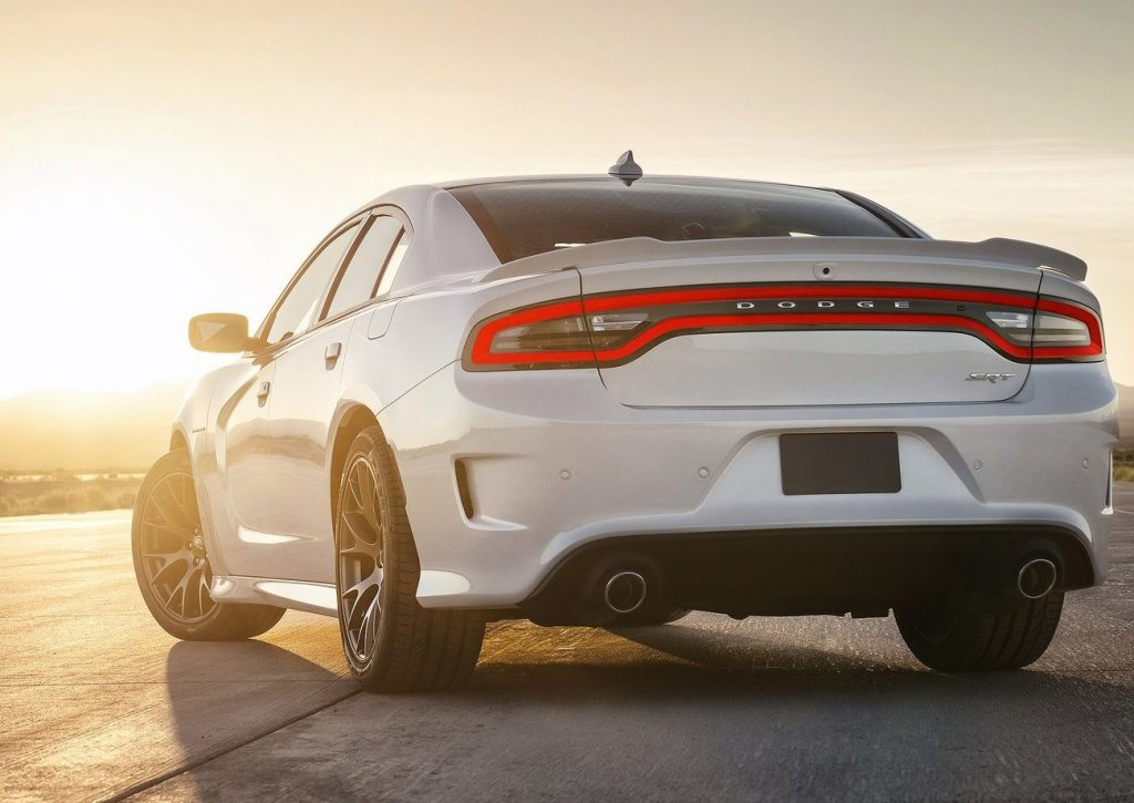 Dodge-Charger_SRT_Hellcat-2015-1600-2a