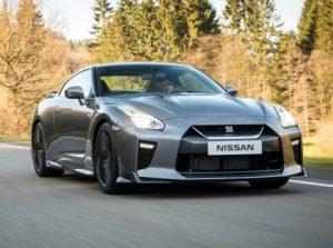 2017-Nissan-GT-R-101-876x535