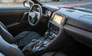 2017-Nissan-GT-R-123-876x535
