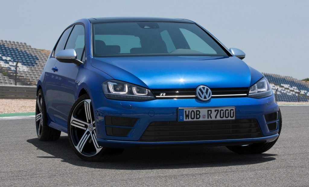 volkswagen golf r top speed motorz tv. Black Bedroom Furniture Sets. Home Design Ideas
